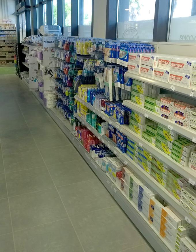 Gondole murale basse pour l'agencement de pharmacie