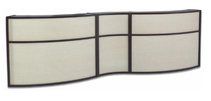 Mobilier d'agencement en bois : meuble courbe